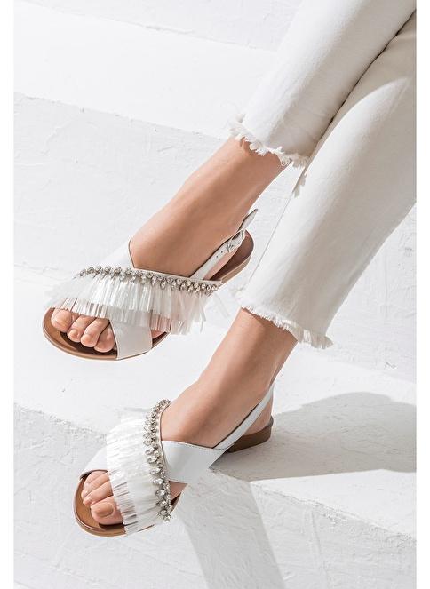 Elle Püsküllü Sandalet Beyaz